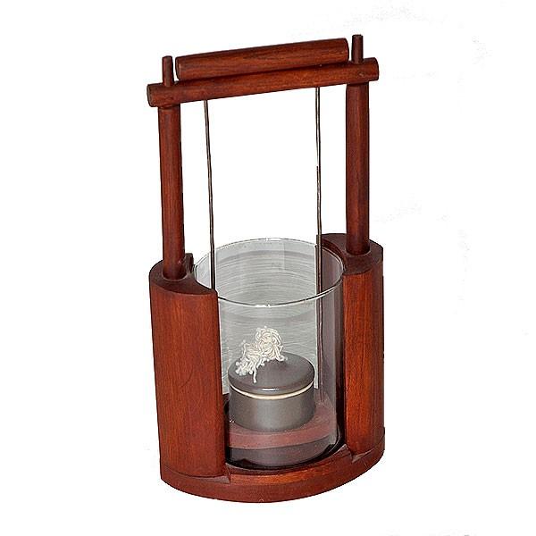 Öllampe aus Holz
